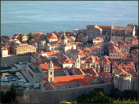 Adritatic_dubrovnik-from-above2